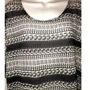 Dress Barn Tops - Dress Barn Blouse Size 14/16 Short Sleeve